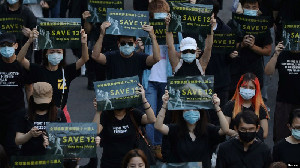 Tuntut Pembebasan 12 Demonstran Hong Kong, Ratusan Warga Taiwan Pawai