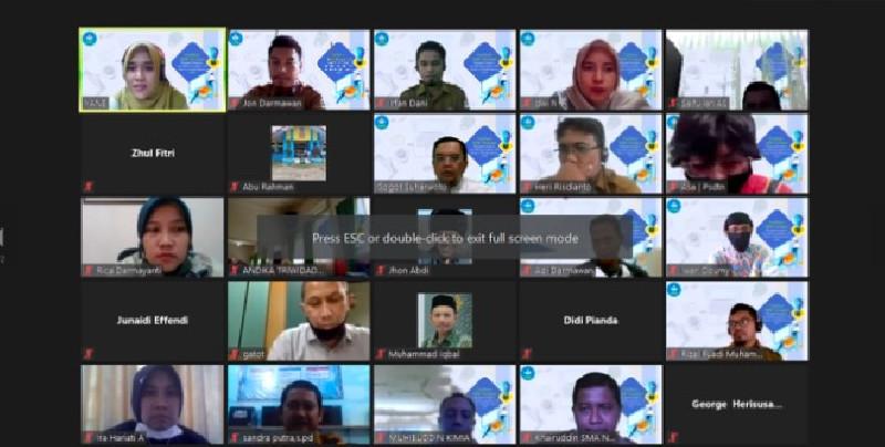 30 Guru Aceh Dilatih Bahan Ajar SAC