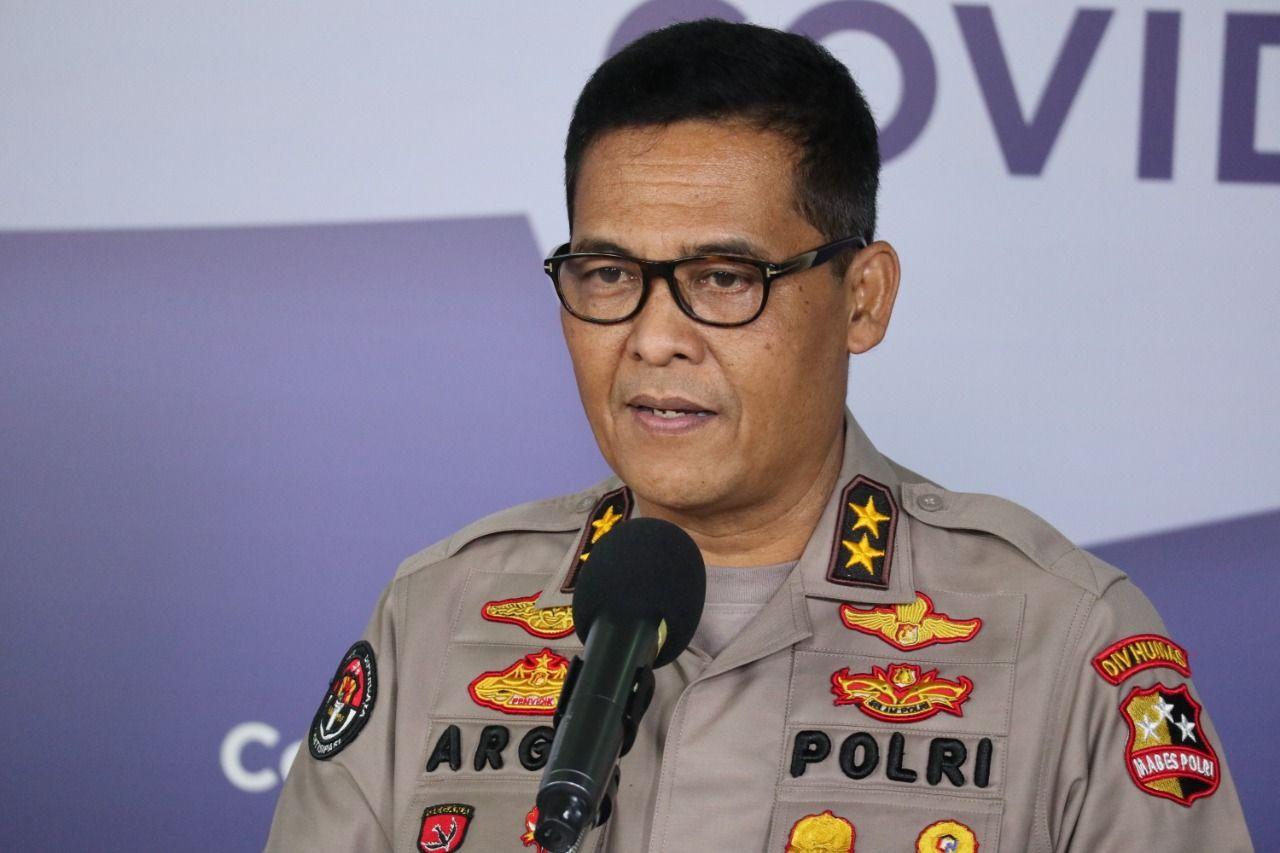Baliho Rizieq Dicopot, Polri Sebut  karena Langgar Perda
