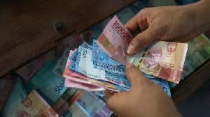 Hadapi Resesi, Pemerintah Gelontorkan Stimulus ke Swasta dan Subsidi Gaji