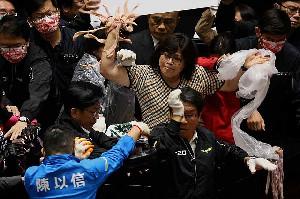 Parlemen Taiwan Ribu Akibat Pelonggaran Impor Daging Babi AS