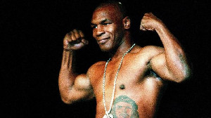 Melawan Roy Jones, Tyson Dituding Bakal Pakai Doping