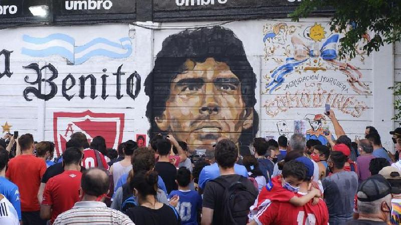 Polisi Argentina Geledah Kantor Dokter Diego Maradona