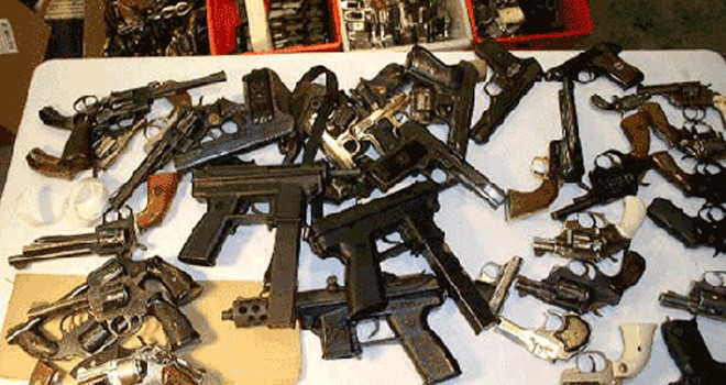 Polisi Bongkar Residivis Pasok Senjata Api ke Bandar Narkoba