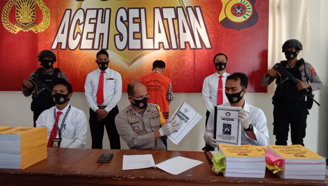 Korupsi Dana Desa, Polres Aceh Selatan Ringkus Sekdes Paya Peulumat
