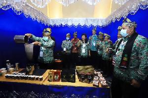 Kopi Aceh Jadi Rebutan Peserta Rakernas JKPI di Siak