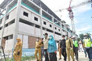 Gubernur Nova Tinjau Pembangunan Gedung Oncology RSUDZA