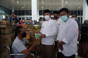 100 Orang Disabilitas Aceh Besar Terima Bantuan Usaha Ekonomi Produktif