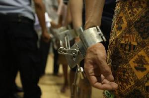 Ditjenpas KemenkumHAM Pindahkan 50 Napi Narkoba Aceh ke  Nusakambangan