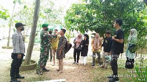 TNI/Polri dan PMI Giatkan Pendisiplinan Protkes dan Penyemprotan Disinfektan di Tapaktuan