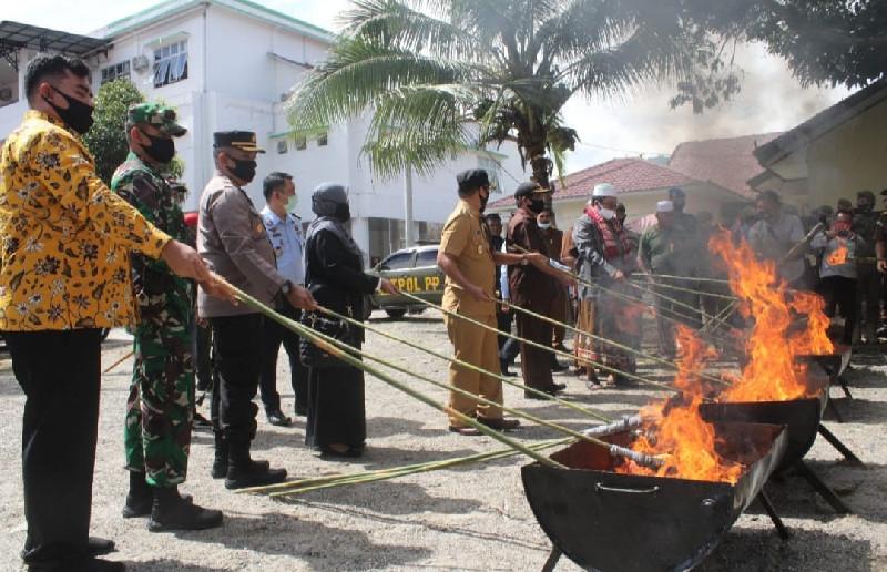 Dandim dan Forkopimda Aceh Tenggara Musnahkan Barang Bukti 2020