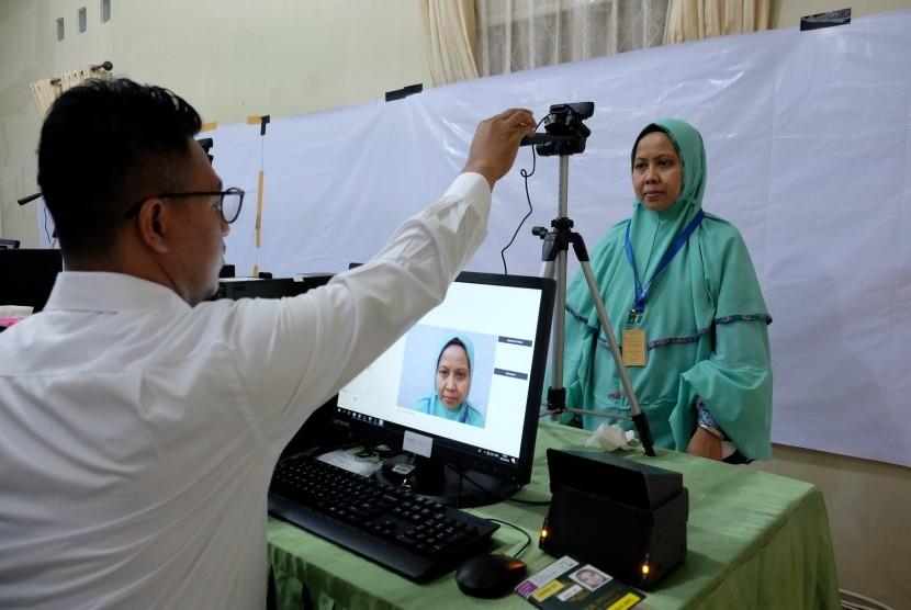 Akibat Banjir Kantor Kemenag Aceh Utara,  Rekam Biometrik Dipindahkan