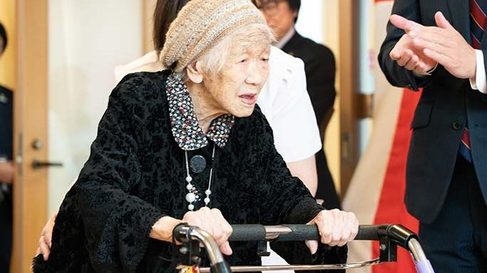 Orang Tertua di Dunia Rayakan Ulang Tahun, Berapa Usianya?