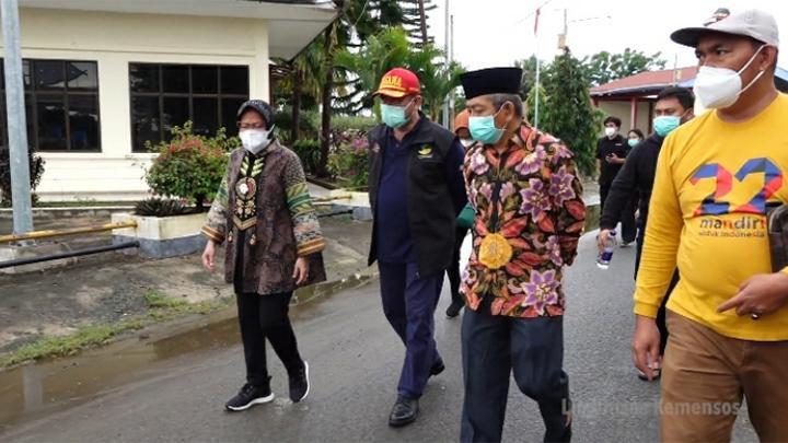 Gempa Susulan di Mamuju, Mensos Risma dan Rombongan Berhamburan ke Luar