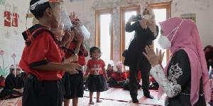 Dyah Erti Hibur Murid PAUD di Aceh Tengah