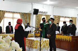 Suhaimi Hamid Dilantik sebagai Wakil Ketua DPRK Bireuen