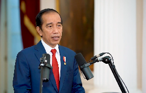 Jokowi Sampaikan Aturan Turunan UU Cipta Kerja Segera Terbit