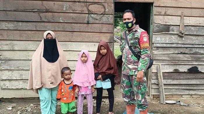 Prajurit TNI Galang Dana untuk Rehab Rumah Janda Miskin di Aceh Tamiang