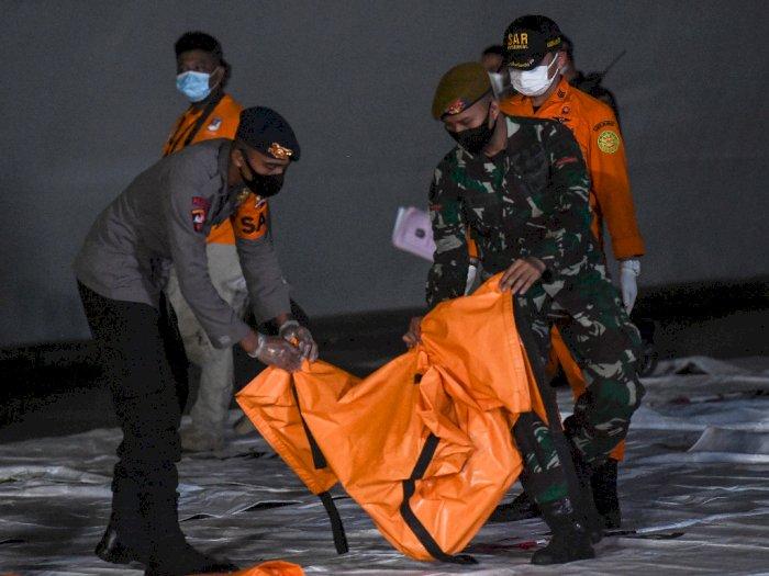 Pencarian Hari ke-9, Tim DVI Polri Terima 188 Kantong Jenazah Korban Sriwijaya
