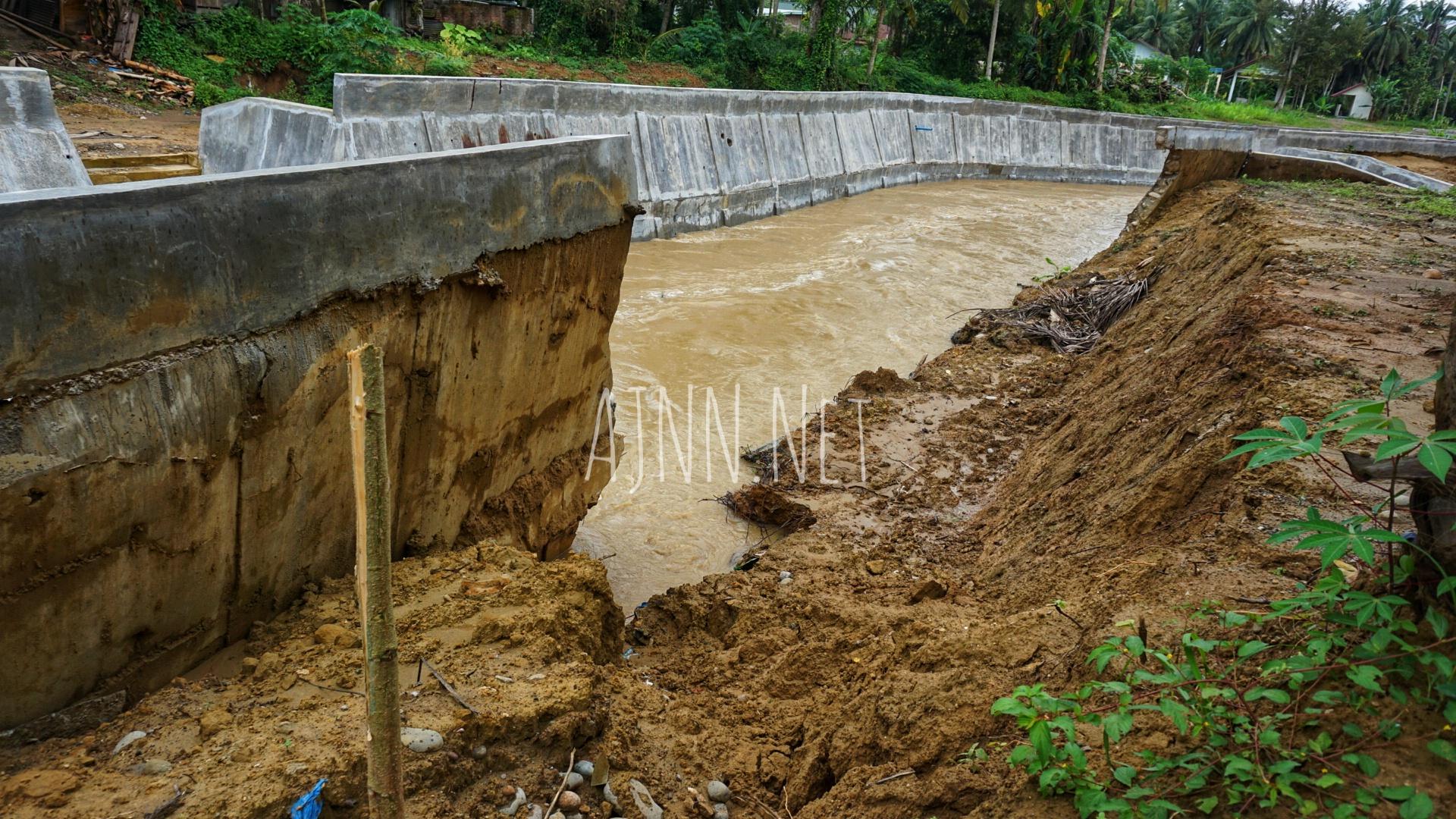 Proyek Pengendali Banjir Senilai Rp11 Miliar Lebih di Aceh Utara Ambruk, Setelah 3 Bulan Dibangun
