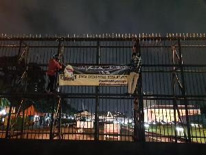 di Jakarta Beredar Spanduk Ucapan Selamat Aceh Provinsi Termiskin se- Sumatera