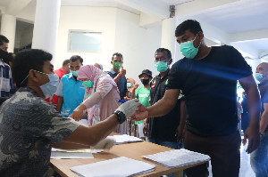 Dukung Program Pemerintah, Tenaga Kontrak Dinsos Aceh Jalani Tes Narkoba