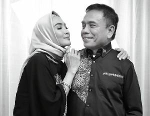Steffy Burase Curhat di Instagram: Aku Tidak Pernah Menyesali Pernikahanku