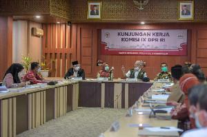 Sekda Aceh Terima Kunjungan Komisi IX DPR RI
