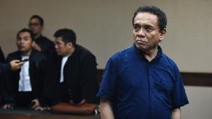 Video Viral Irwandi Yusuf Bercengkrama dengan Warga Aceh