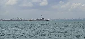 Lintasi Selat Malaka, TNI AL Kawal 3 Kapal Induk AS