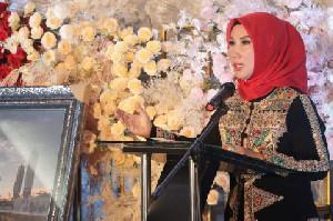 """Ketua PD Bhayangkari Aceh Luncurkan Buku Perdananya,""""Permata Tersembunyi di Ujung Sumatera"""""""