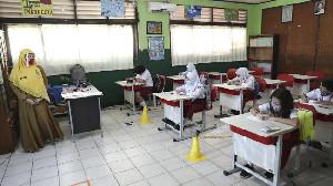Kemendikbud: Sekolah Tatap Muka Dibuka Juli 2021 Secara Bertahap