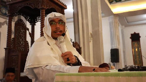 Ustadz Maaher Tutup Usia di Rutan Mabes Polri