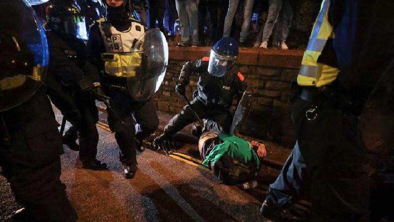 Protes Berujung Kekerasan, 10 Orang Ditangkap