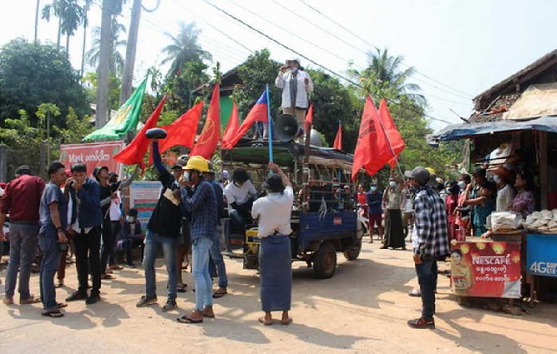 3.000 Warga Myanmar Mengungsi ke Thailand