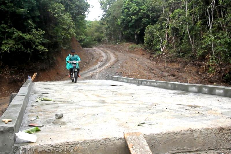 Warga Pencari Madu Hutan Mulai Rasakan Manfaat Pembangunan Jembatan TMMD Jantho