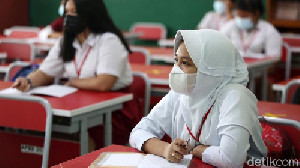 Satgas Covid-19: Pembukaan Sekolah Harus Melalui 5 Tahapan