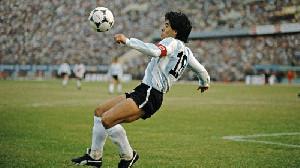 Kematian Diego Maradona Dipertanyakan