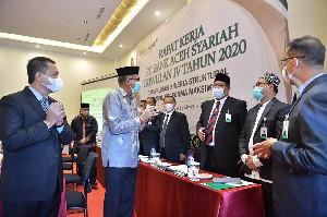 Gubernur Nova Minta Bank Aceh Syariah Tingkatkan Kapasitas SDM