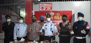 Polisi Geledah Rutan Takengon, Sejumlah Telepon Seluler Ditemukan