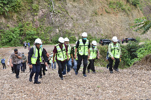 Gubernur: Rest Area Tol Harus Berisi Produk Lokal
