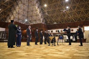 Gubernur Lantik Tujuh Komisioner KPI Aceh