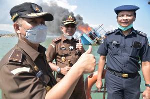 Kajati Aceh Tenggelamkan Kapal Asing