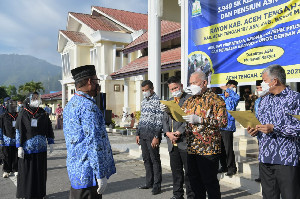 Giliran 329 ASN Aceh Tengah Terima Langsung SK dari Pak Sekda