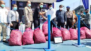 17,5 Ton Bawang Merah Dihibahkan ke Pemkab Aceh Utara dan Dayah
