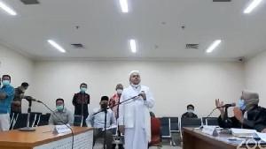 Kuasa Hukum Habib Rizieq Bacakan Nota Keberatan Dakwaan Jaksa Penuntut