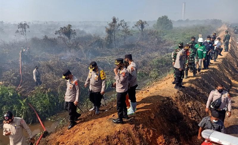 Kebakaran Hutan dan Lahan, Kapolda Aceh Terjun Langsung ke Sejumlah Titik Api