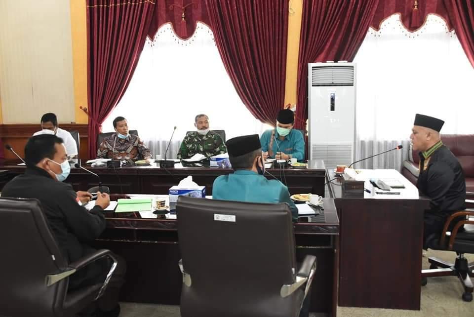 Bupati Bahas Persoalan Tanah Pemda Aceh Untuk Dialihkan ke Daerah