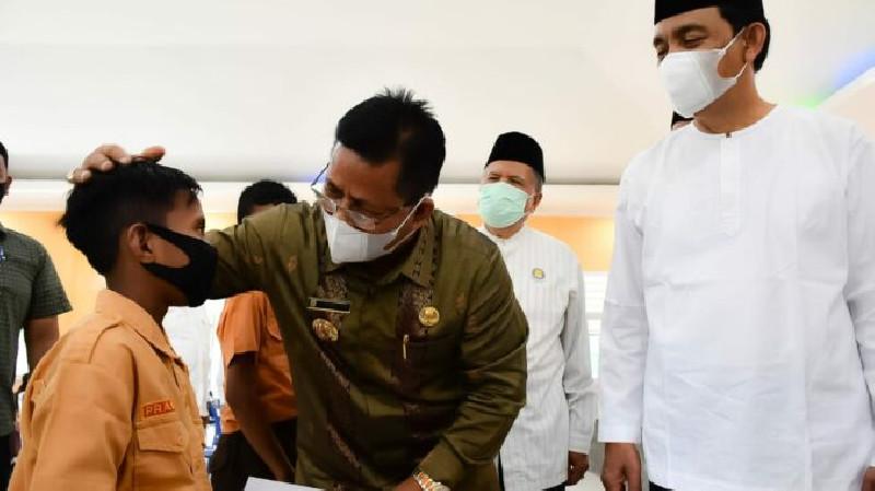 Serahkan Santunan bagi 1.469 Siswa Yatim, Aminullah Apresiasi Disdikbud Banda Aceh
