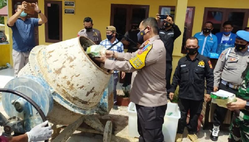 Polres Aceh Timur Musnahkan Sabu Seberat 50 Kilogram